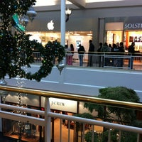 Photo taken at Apple Arden Fair by Ma k. on 11/6/2011