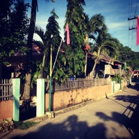 Photo taken at Pantalan sa Tingloy by Rainier A. on 8/11/2012
