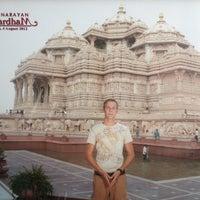 Photo taken at Swaminarayan Akshardham by Robert S. on 8/4/2012