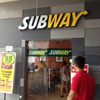 Photo taken at Subway by Chua Chuen Loy 蔡春来 on 7/14/2012