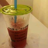 Photo taken at Lohas Tea Shop (Bubble Milk Tea) by Mei S. on 5/25/2012