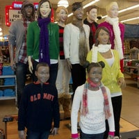 Photo taken at Old Navy by @Ijust_lovethis on 12/17/2011