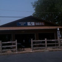 Photo taken at Texas Pit BBQ by Trent O. on 6/8/2011