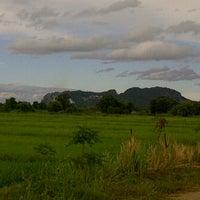 Photo taken at อยู่ไหนว่ะ by Sakda P. on 9/26/2011
