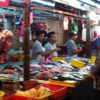 Photo taken at Pasar Jalan Raja Alang by ej n. on 9/19/2011