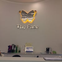 Photo taken at The Face Aesthetic & Laser Clinic by Aor on 8/11/2012