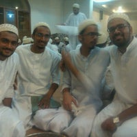 Photo taken at Saleh Masjid by Hussain Sistan N. on 8/1/2012