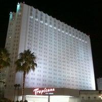 Das Foto wurde bei Tropicana Las Vegas von Retch16 am 7/11/2012 aufgenommen