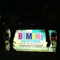 Foto tirada no(a) Bimini Boatyard Bar & Grill por Anita M. em 11/29/2011