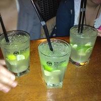 Foto tomada en Cerveceria Ambitus por Myriam D. el 1/12/2012
