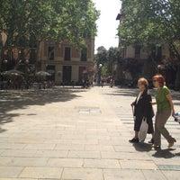 5/12/2012 tarihinde Albert B.ziyaretçi tarafından Plaça de la Virreina'de çekilen fotoğraf