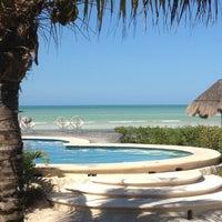 Photo taken at Hotel Villas Flamingos by Daniel V. on 12/26/2011