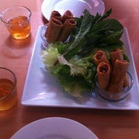 Photo taken at Xe Lửa Vietnamese Restaurant by John H. on 8/20/2012
