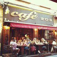 7/16/2012にJefLiveがCafé 203で撮った写真