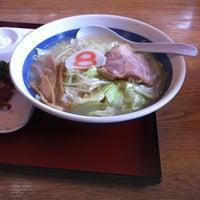Photo taken at 8番らーめん 大徳店 by omolo on 8/11/2012