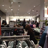 Photo taken at H&M by Reif L. on 11/22/2011