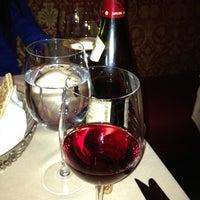 รูปภาพถ่ายที่ Uncle Jack's Steakhouse โดย Stephen F. เมื่อ 2/10/2012
