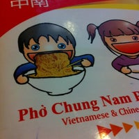 Photo taken at Pho Chung Nam by Nessa Y. on 8/19/2011