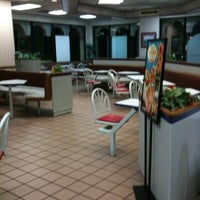 Photo taken at Taco Bell by T.J. P. on 3/17/2011