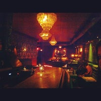 Photo prise au The Parlour Room of Hollywood par Justin D. le7/6/2012