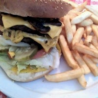 Das Foto wurde bei Jalisco Cafe von Mike! am 12/29/2011 aufgenommen