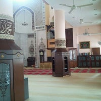 Photo taken at Masjid Al-Khasyi'in by usofmad on 1/10/2012