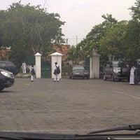 Photo taken at SMP Negeri 12 Surabaya by Farrel T. on 3/12/2012