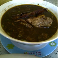 Photo taken at Warung Nasi Sayur Gabus by Rierie M. on 4/19/2012