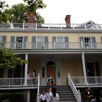 Foto tirada no(a) Gracie Mansion por Cara R. em 6/19/2012