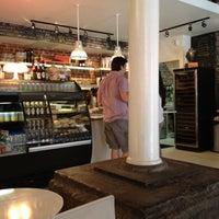Das Foto wurde bei Caffe Furbo von Craig P. am 7/22/2012 aufgenommen