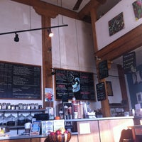 Photo taken at Tanner's Coffee Co by Travis F. on 11/6/2011