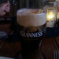 Foto scattata a Fado Irish Pub da Justin F. il 11/5/2011