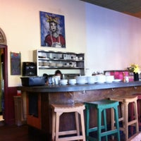 Foto tirada no(a) Macrina Bakery por Daniel S. em 5/11/2012