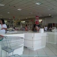Foto tirada no(a) Lojas Kacyumara - Matriz por Valter L. em 1/18/2012
