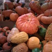 Foto scattata a Central Market da Tanya V. il 9/18/2011