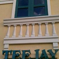 Photo taken at Tee-Jay Thai Sushi by Toni T. on 11/5/2011