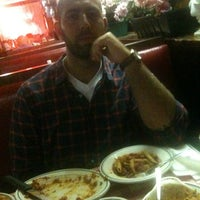 Photo taken at Sam's Italian Cuisine by Max F. on 7/29/2011