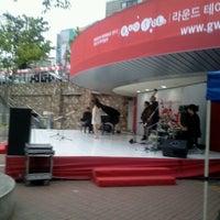รูปภาพถ่ายที่ 금남로공원 โดย 현철 나. เมื่อ 7/3/2012