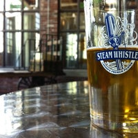 Photo prise au Steam Whistle Brewing par Matt C. le6/17/2011