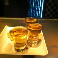 Foto tirada no(a) Club688 por Fê S. em 4/15/2012