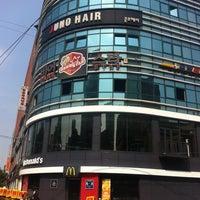 Photo taken at McDonald's by HyunWoo L. on 5/17/2011