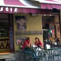 Foto scattata a Pastis da Nathalie L. il 9/21/2011