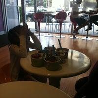 Photo taken at Mama Frozen Yogurt by Jay N. on 9/9/2012
