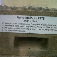 Photo taken at Memorial Pierre Brossolette by Gilles M. on 8/1/2012