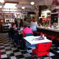 7/3/2012 tarihinde Sean B.ziyaretçi tarafından Byways Cafe'de çekilen fotoğraf