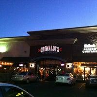 Foto scattata a Grimaldi's Pizzeria da Tigran S. il 7/9/2012