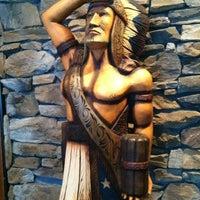 Photo prise au Cobra Lounge par Andrew S. le4/22/2012