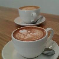 Снимок сделан в Primo Passo Coffee Co. пользователем Gabriel L. 6/16/2012