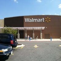 8/16/2012にJarvisがWalmart Supercenterで撮った写真