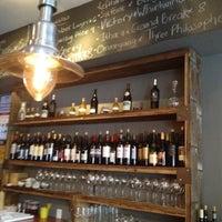 4/14/2012にCindy O.がKaia Wine Barで撮った写真